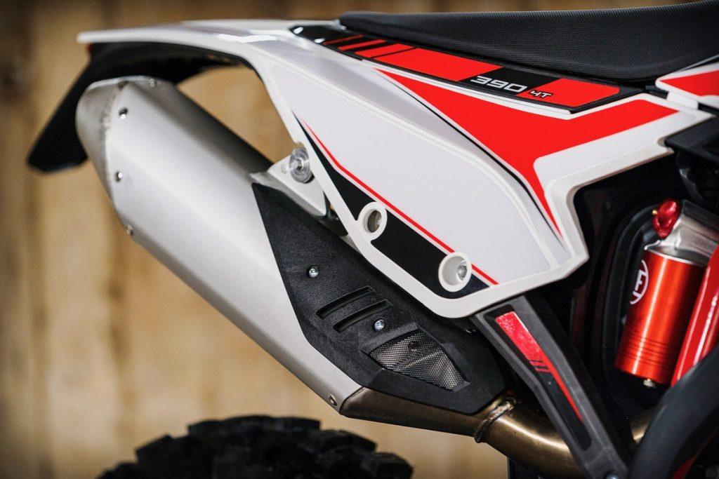 Обзор на Beta RR 390 от австралийского журнала Dirt Bike, изображение №8